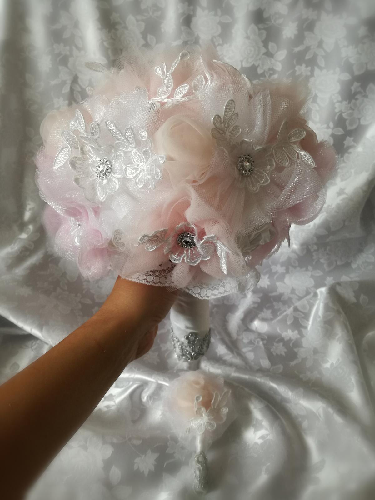 Romantické kytičky - Obrázok č. 19