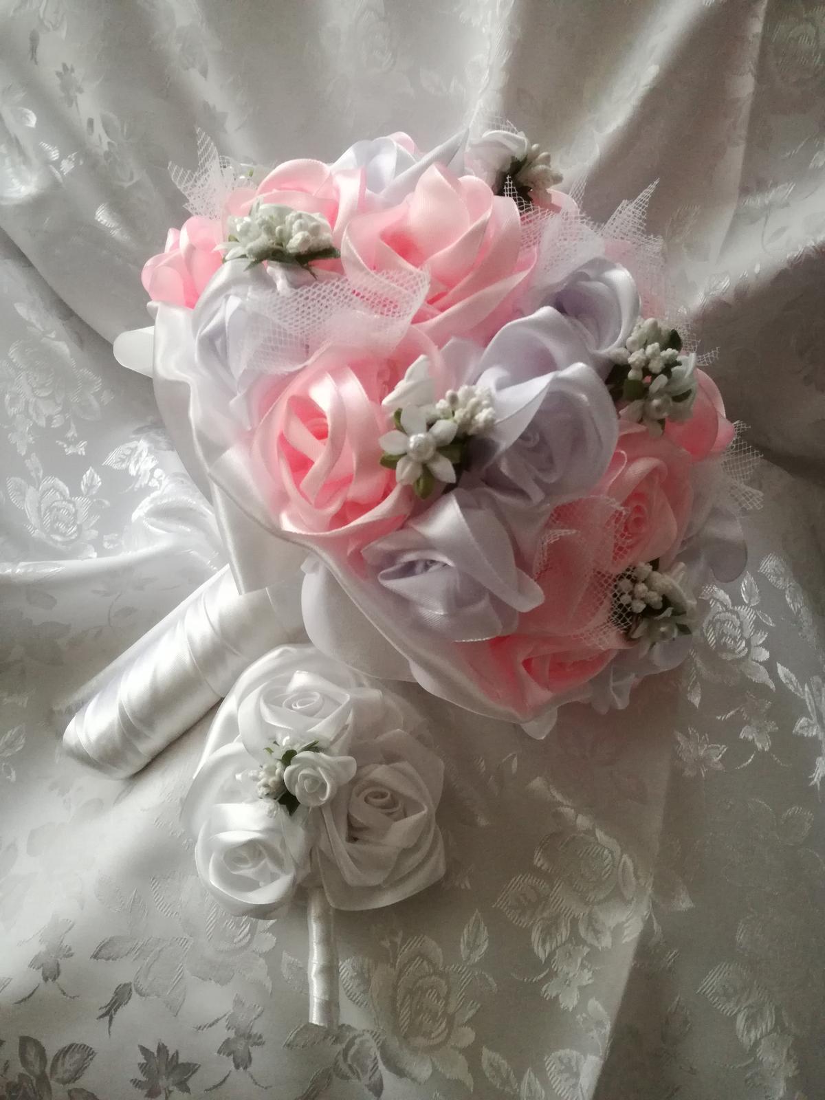 Saténové ruže - Obrázok č. 55