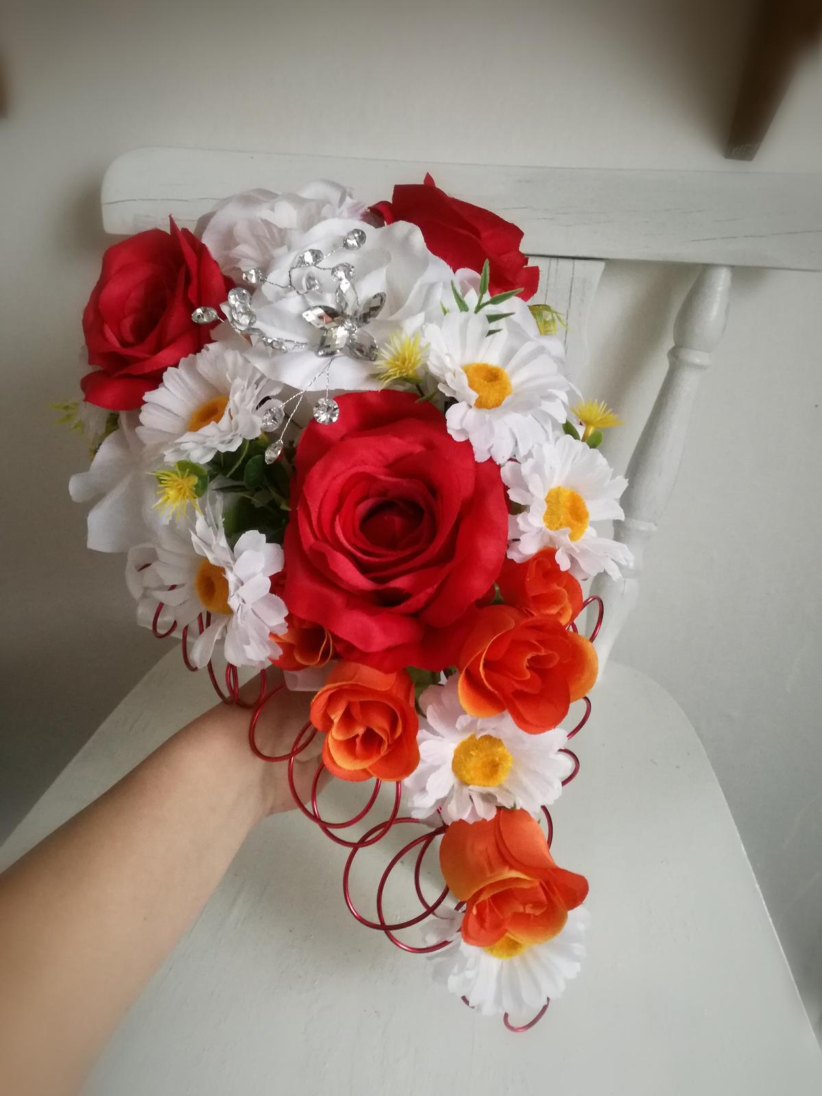 Z umelých kvetov - Obrázok č. 6