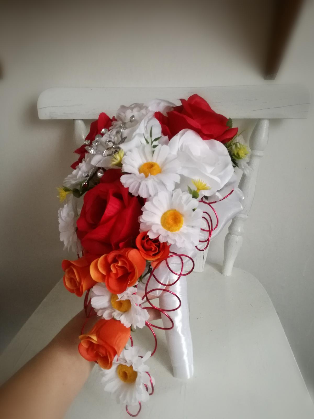 Z umelých kvetov - Obrázok č. 8