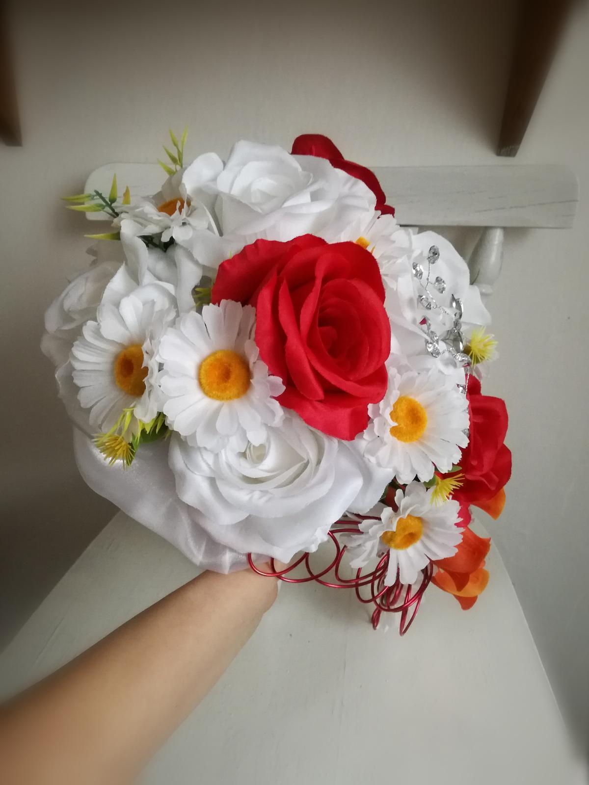 Z umelých kvetov - Obrázok č. 9
