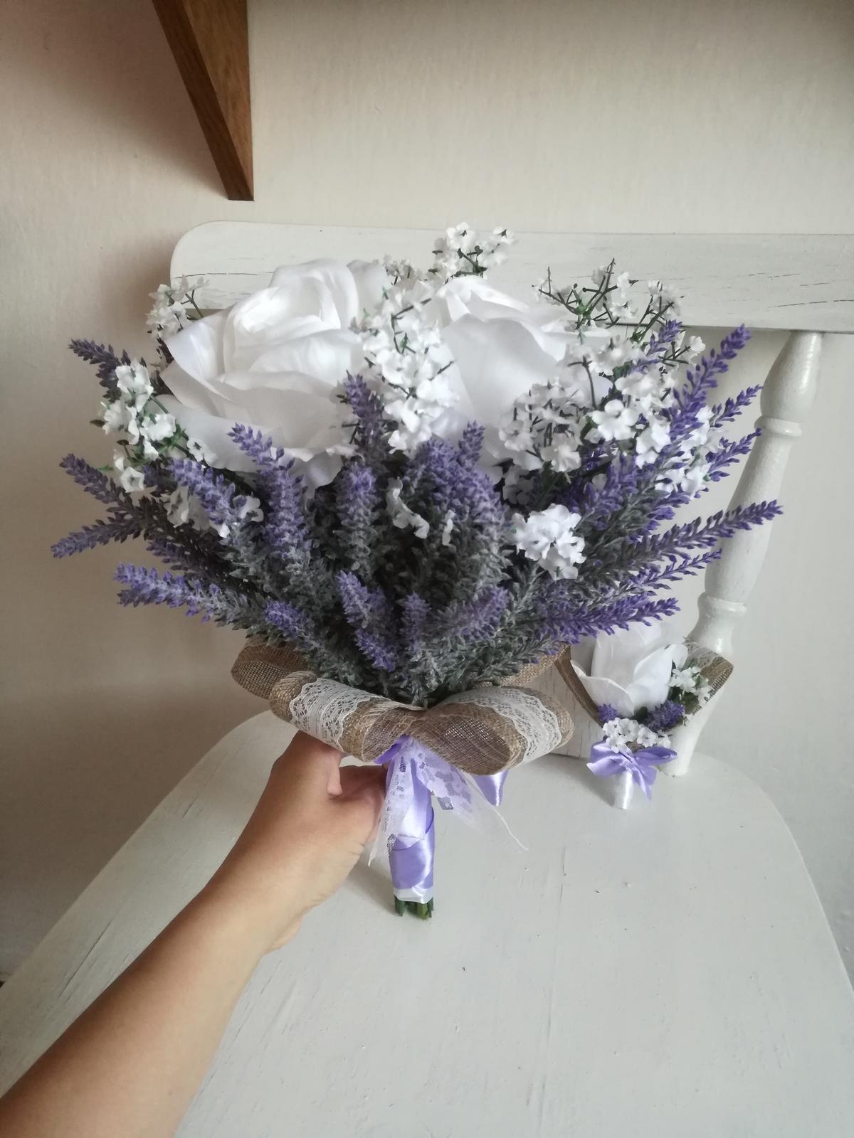 Z umelých kvetov - Obrázok č. 15
