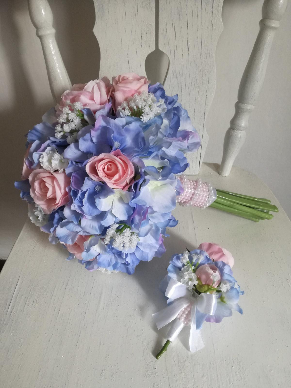 Z umelých kvetov - Obrázok č. 39