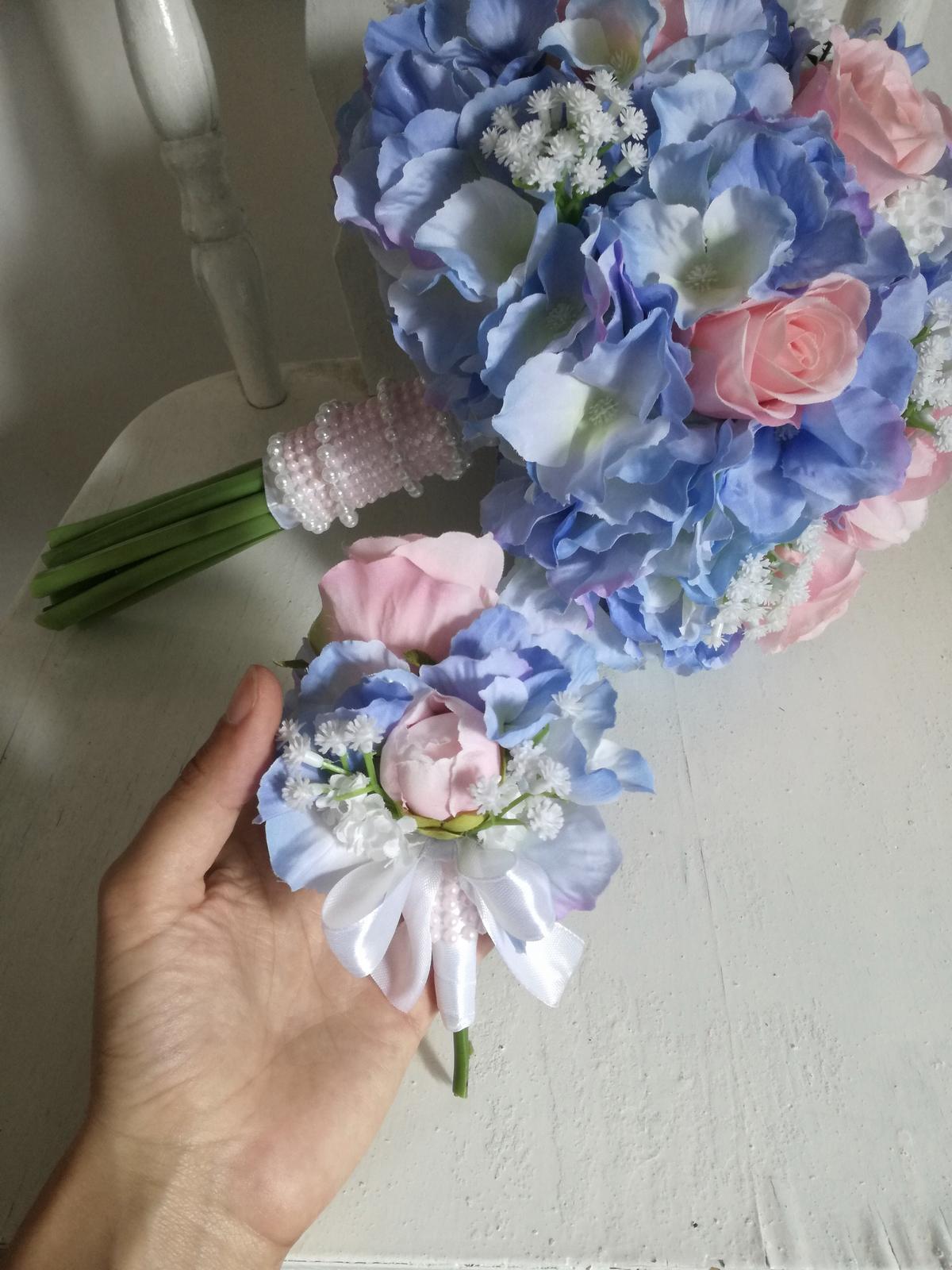 Z umelých kvetov - Obrázok č. 42