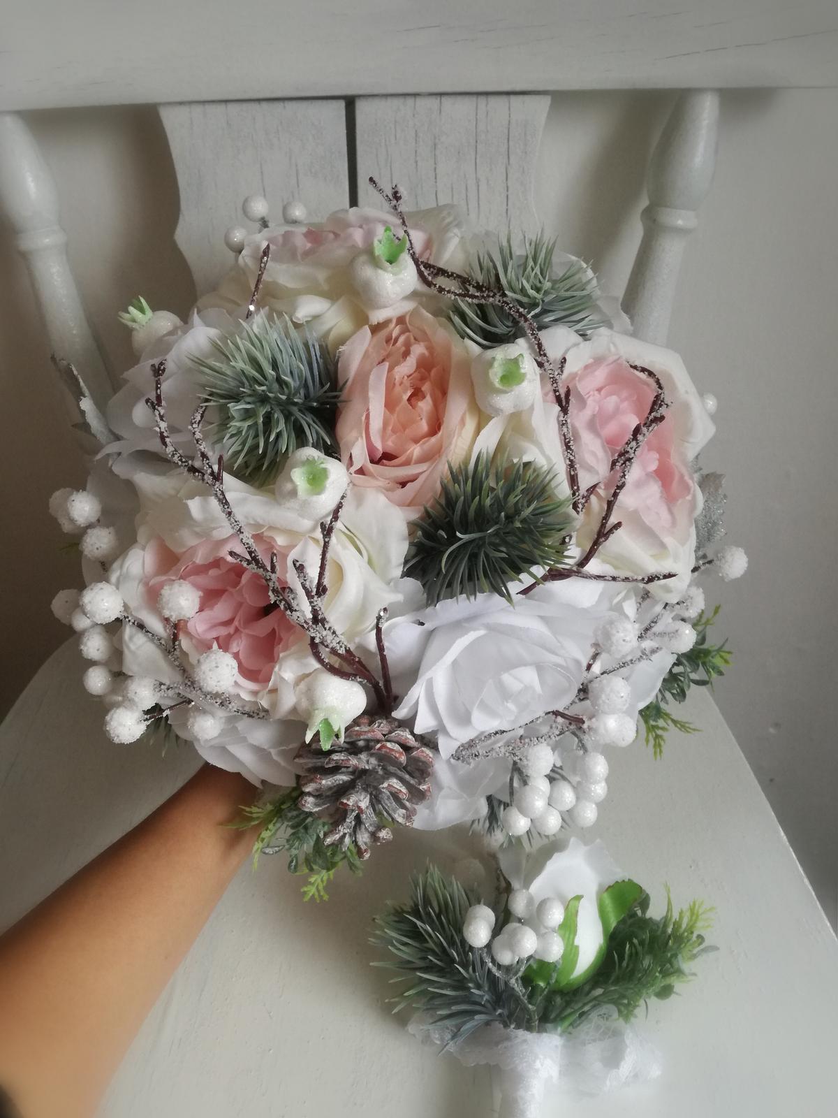 Z umelých kvetov - Obrázok č. 48
