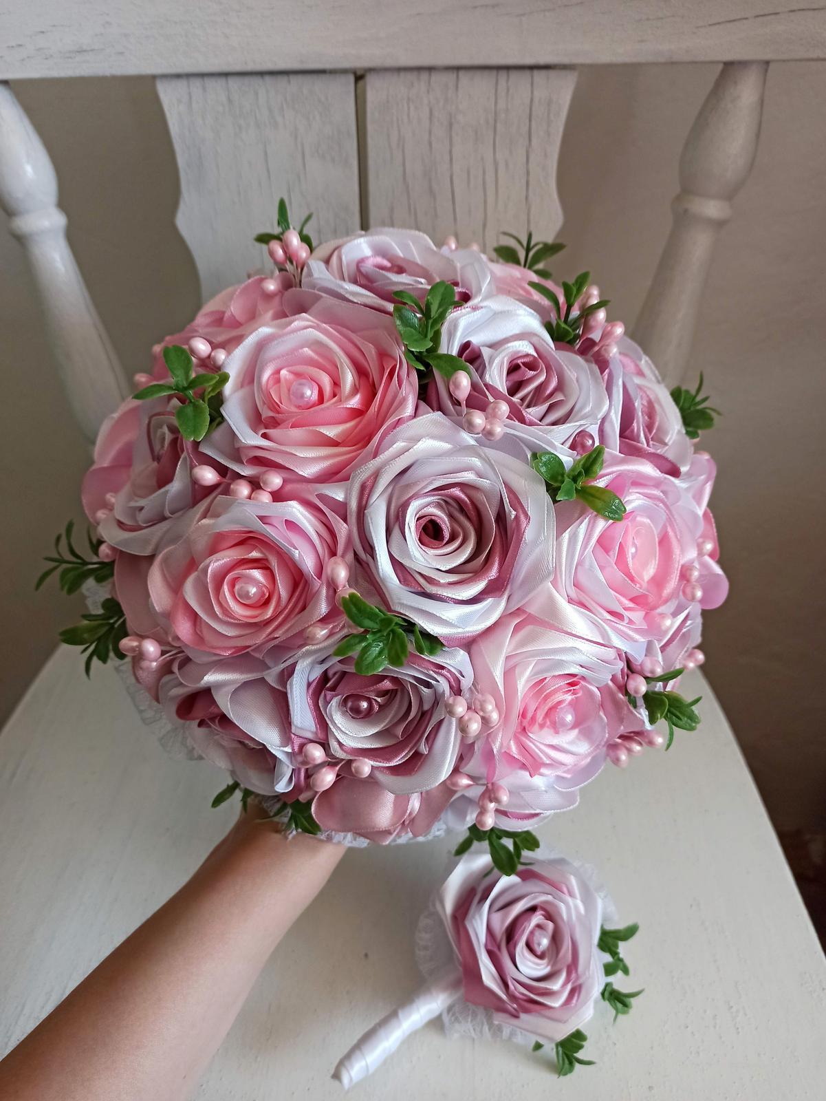 Saténové ruže - Obrázok č. 97