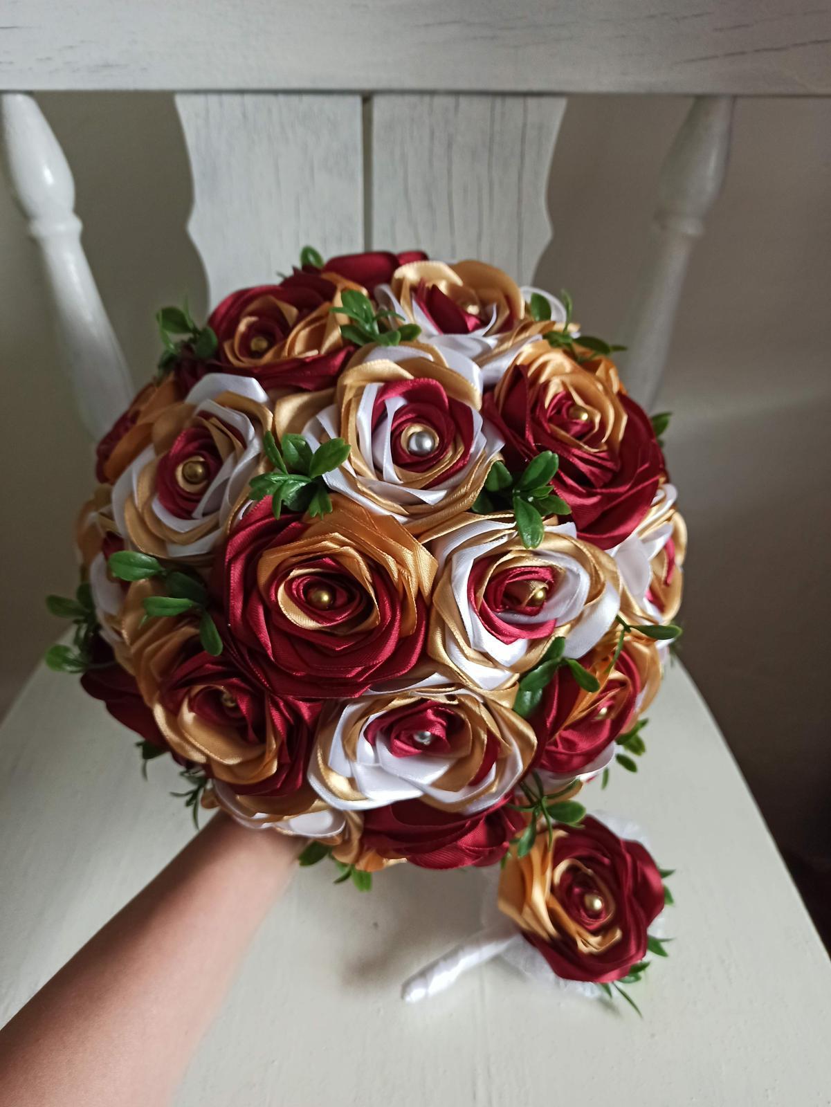 Saténové ruže - Obrázok č. 101