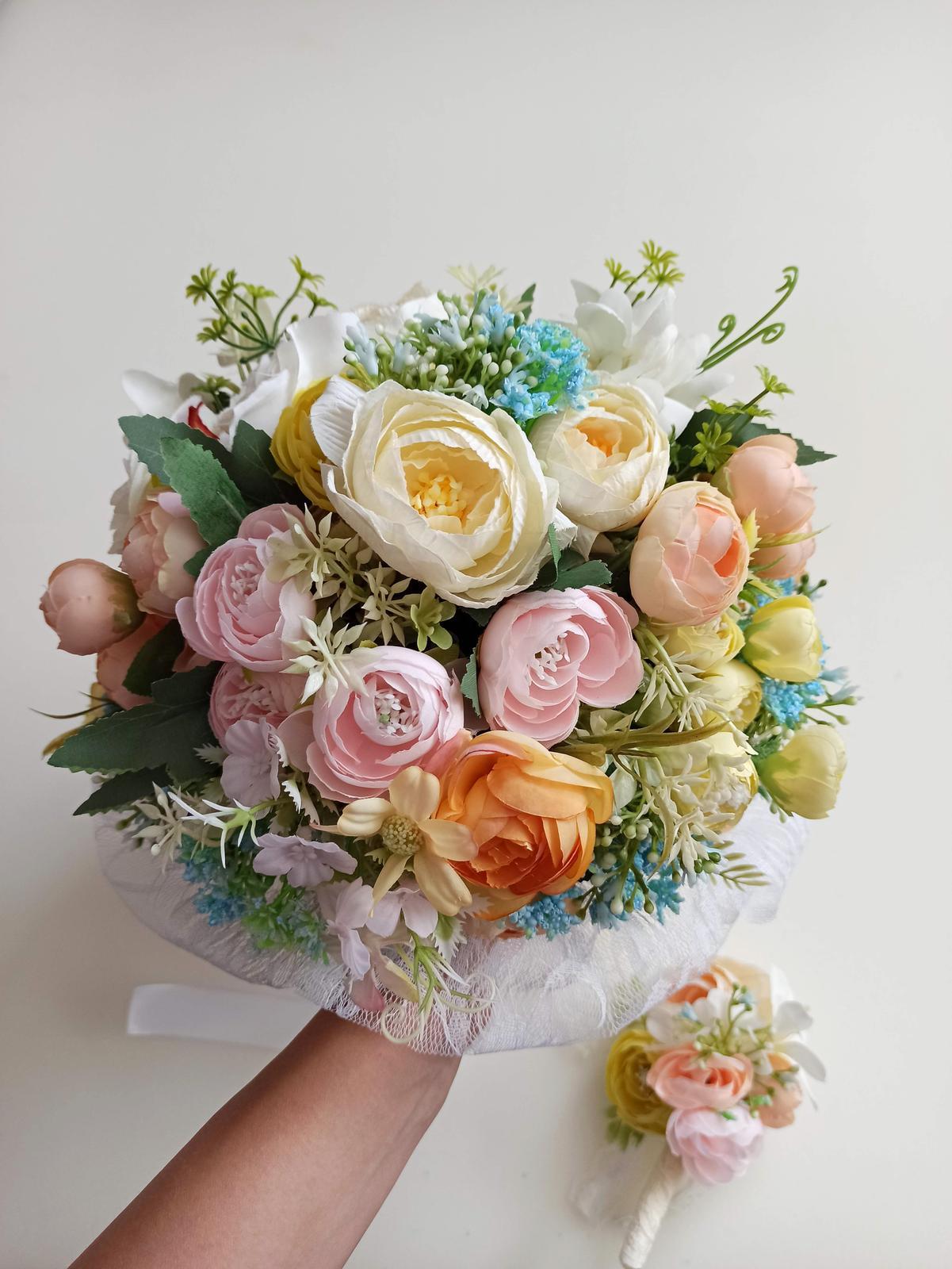 Z umelých kvetov - Obrázok č. 59