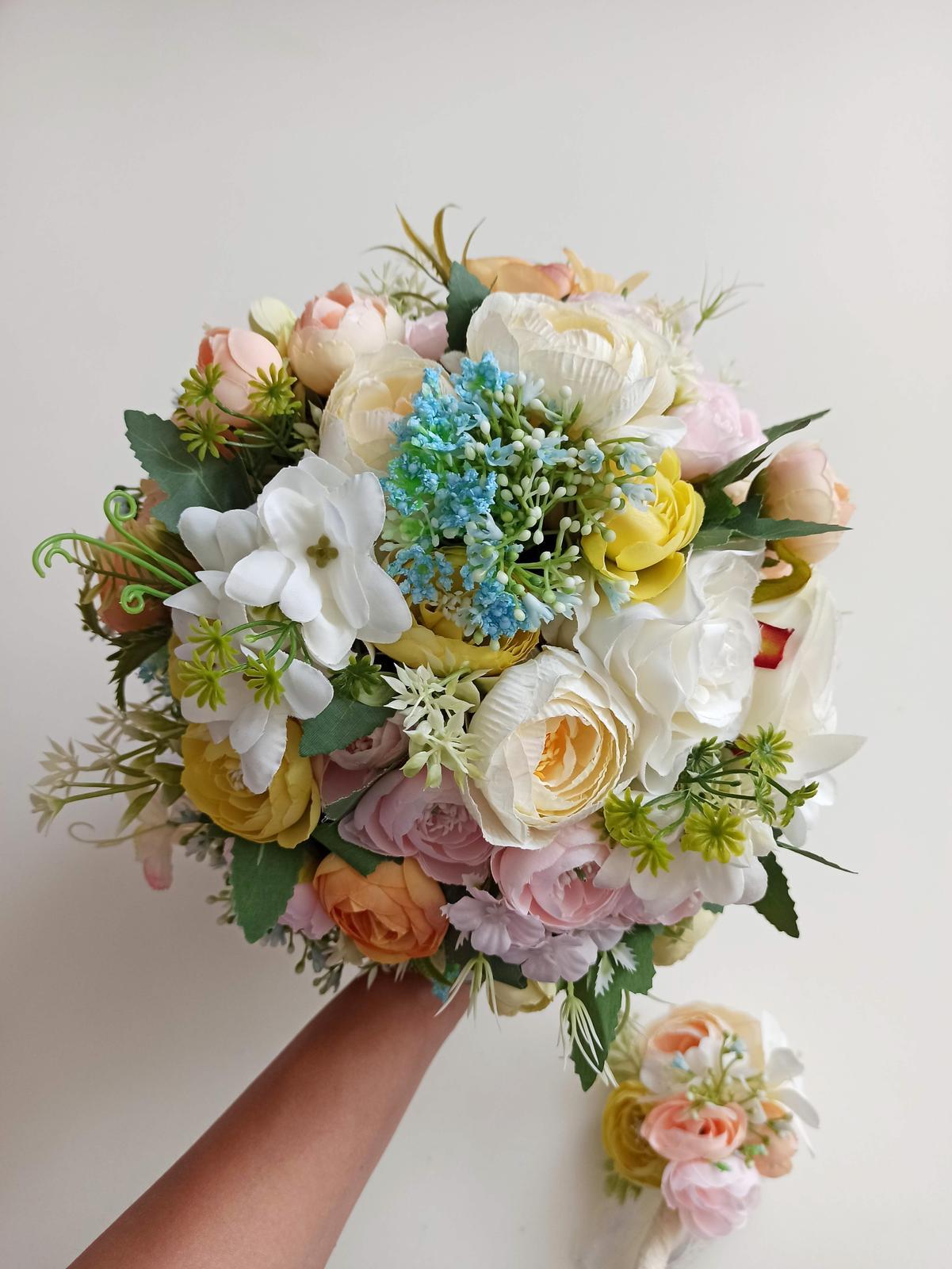 Z umelých kvetov - Obrázok č. 60