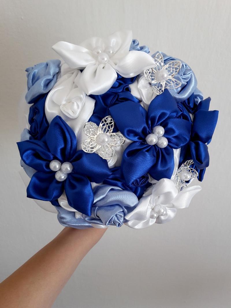 Modro biela kytica, pošta v cene - Obrázok č. 1