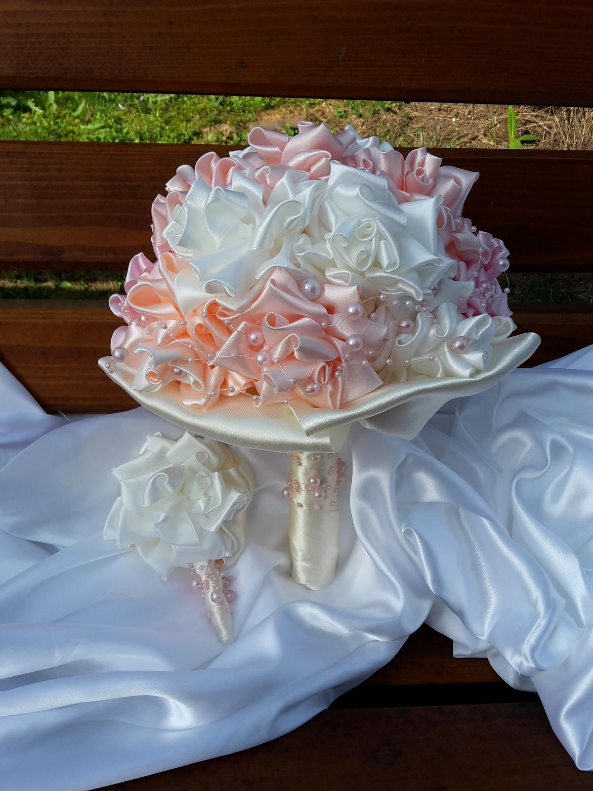 Látková ružičková kytica,pošta v cene - Obrázok č. 1