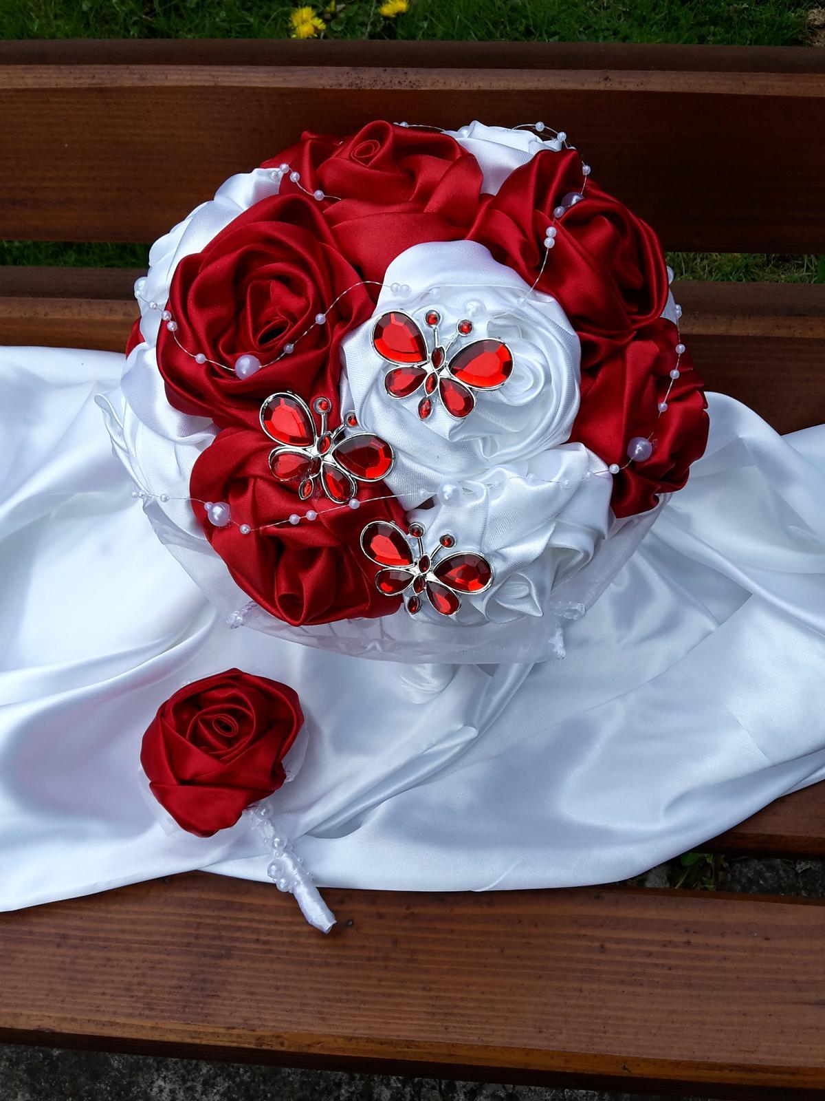 Červeno biela s motýlikmi,pošta v cene - Obrázok č. 2