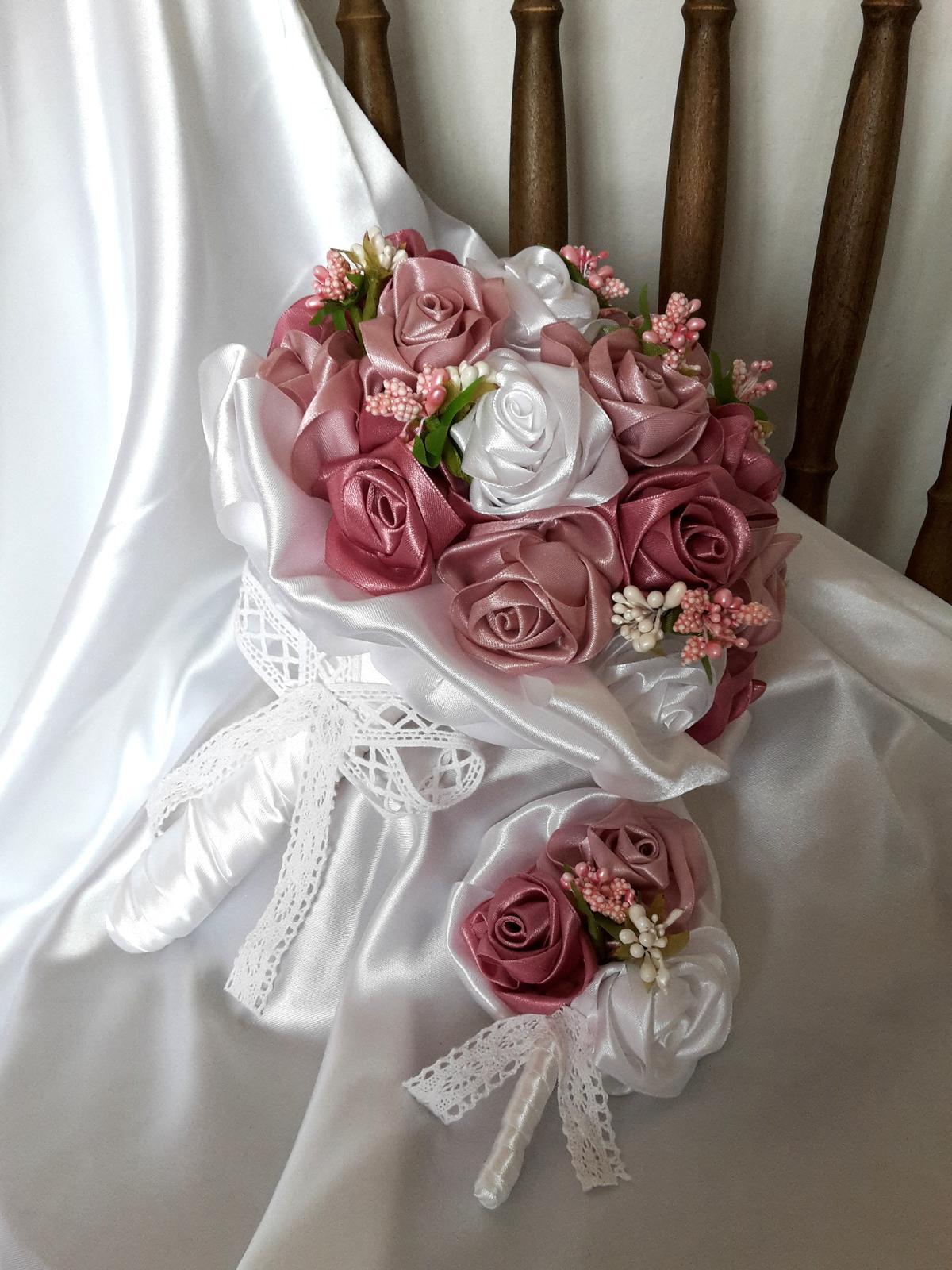 Saténové ruže-staroružové,pošta v cene - Obrázok č. 2
