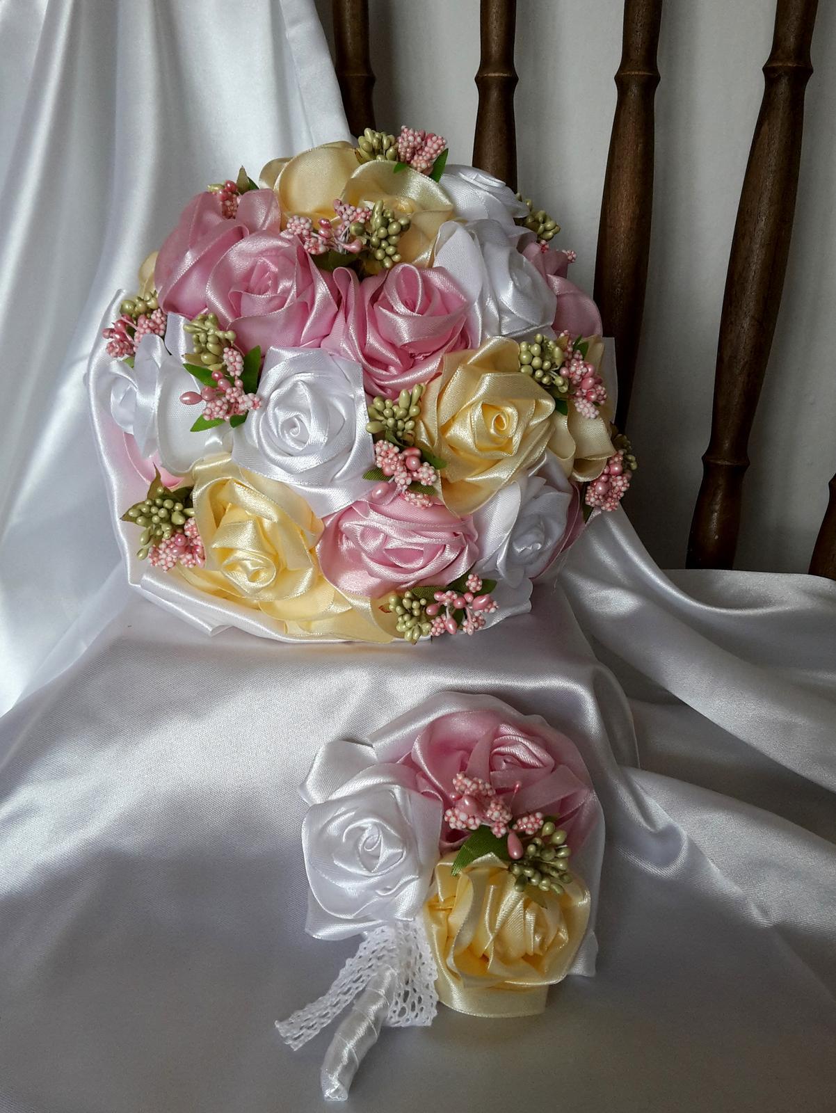 Saténové ruže-ružovo krémové,pošta v cene - Obrázok č. 1
