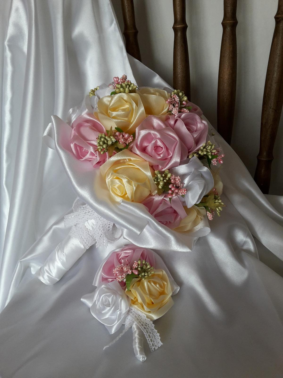 Saténové ruže-ružovo krémové,pošta v cene - Obrázok č. 3