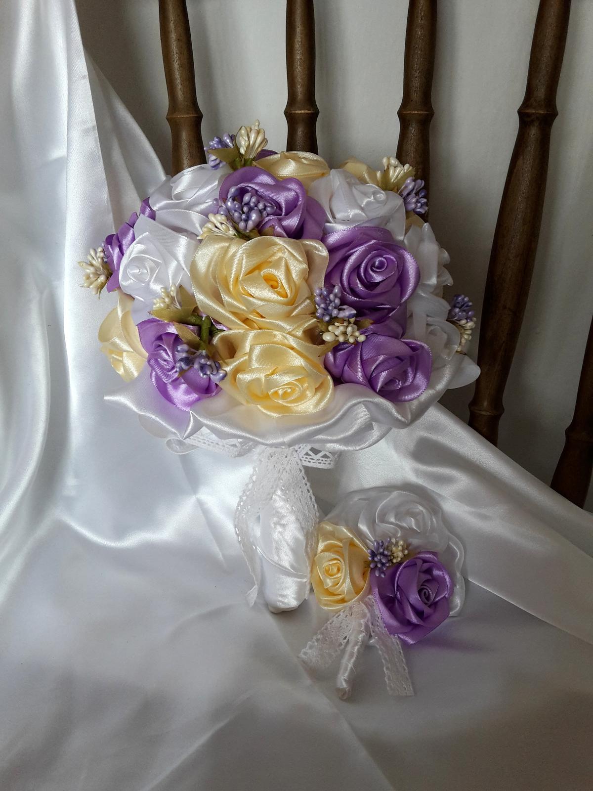Saténové ruže-krémovo fialové,pošta v cene - Obrázok č. 3