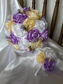 Saténové ruže-krémovo fialové,pošta v cene,