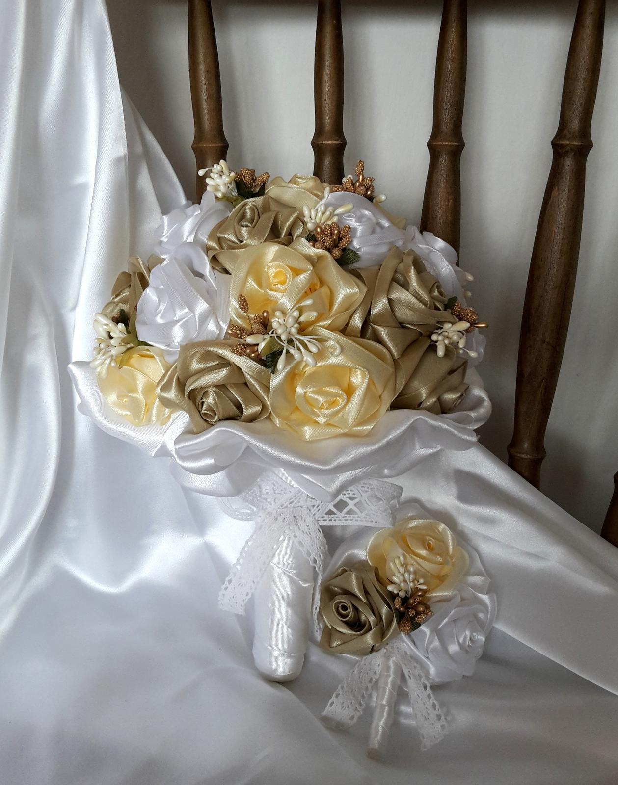 Saténové ruže-krém a cappuccino,pošta v cene - Obrázok č. 3