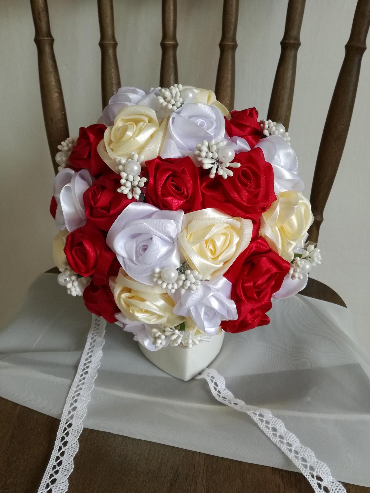 Saténové ruže-bordovo krémové,pošta v cene - Obrázok č. 4
