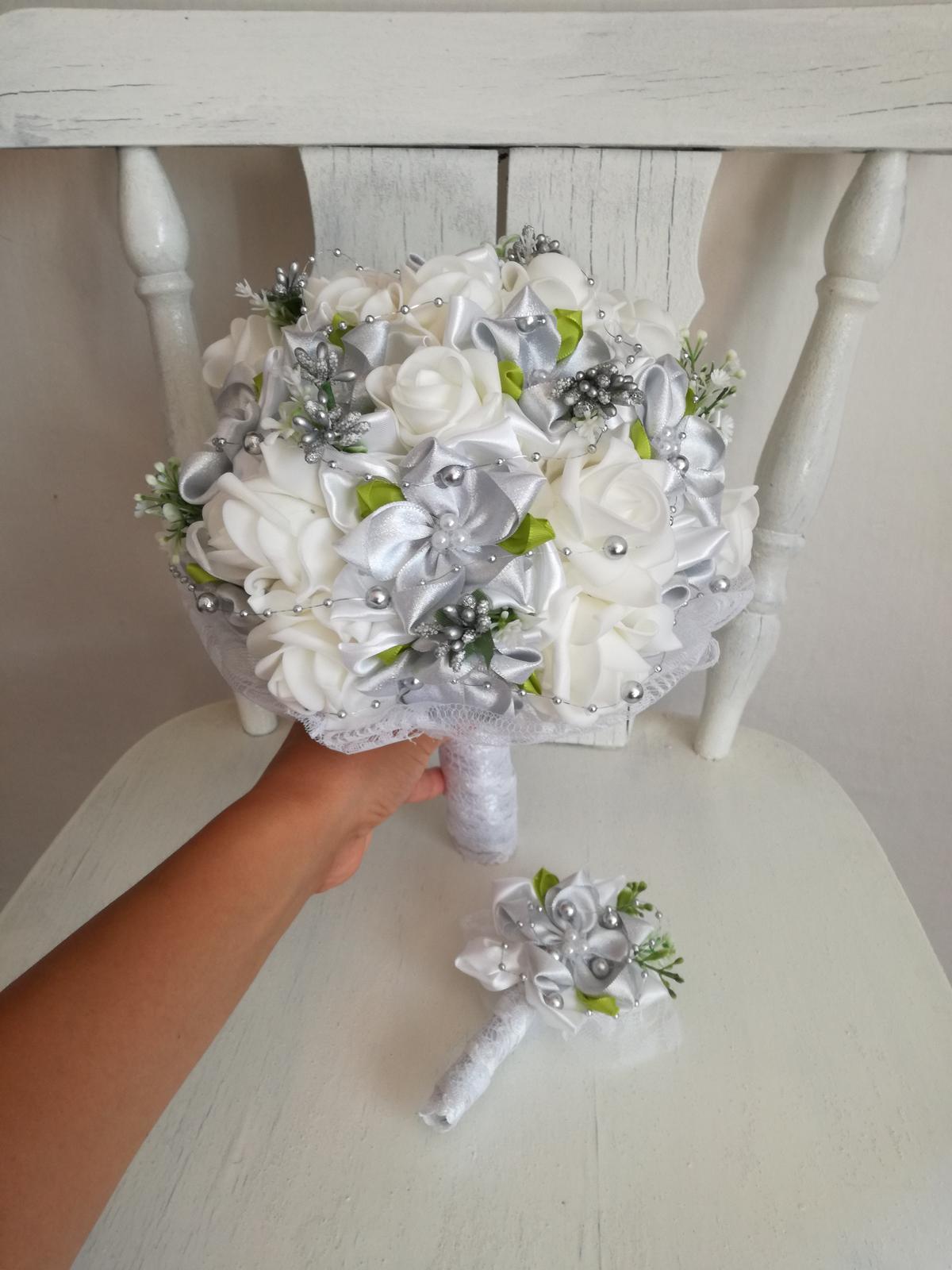 Strieborno biela kytica,pošta v cene - Obrázok č. 4