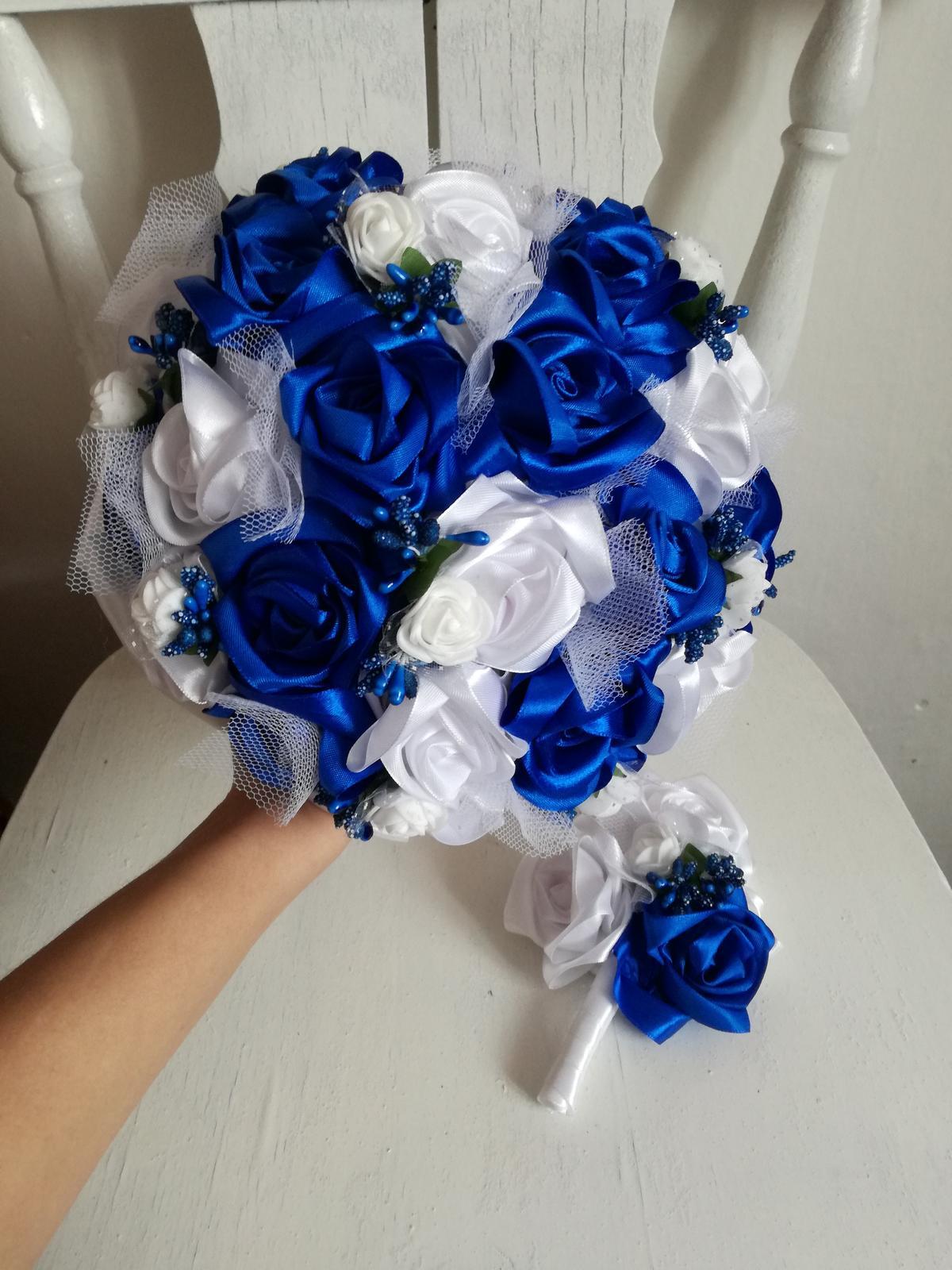 Bielo-modrá kytička,pošta v cene - Obrázok č. 1