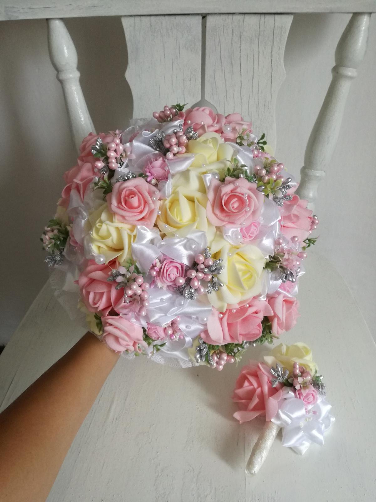 Rozkvitnutá ružovo krémová,pošta v cene - Obrázok č. 4