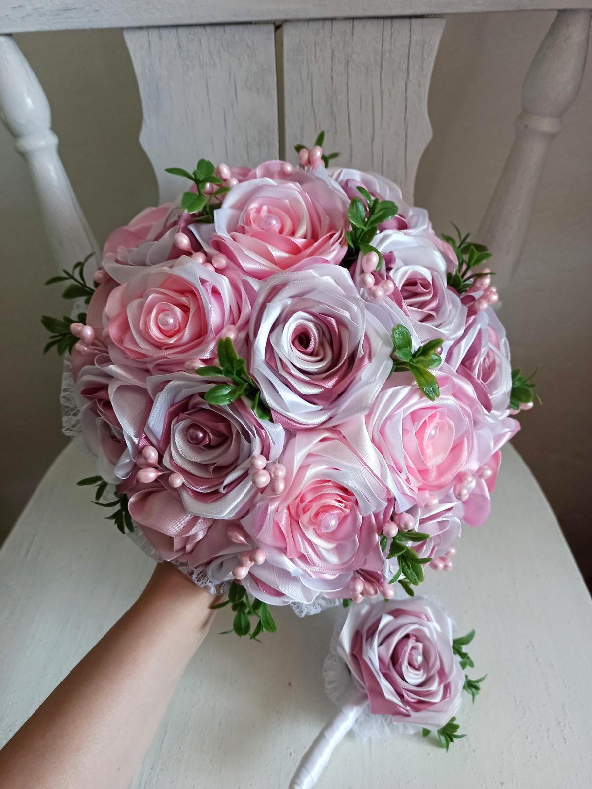 Rozkvitnutá ružová kytica,pošta v cene - Obrázok č. 1