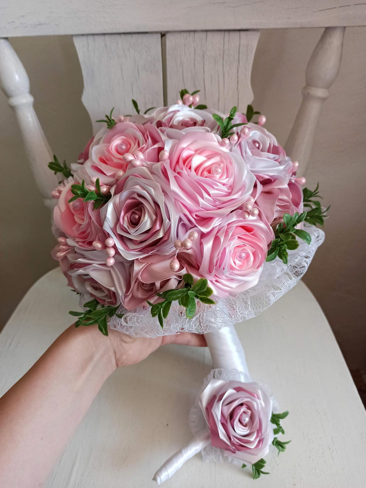 Rozkvitnutá ružová kytica,pošta v cene - Obrázok č. 3