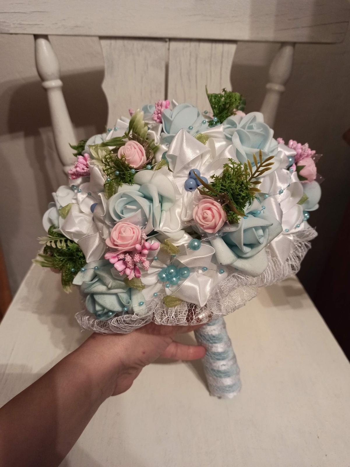 Blankytno ružová kytica,poštovné v cene - Obrázok č. 1