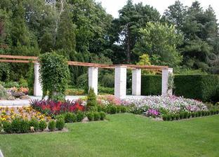 Berieme sa v Botanickej záhrade v Ba:)