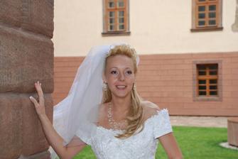18-nevěsta