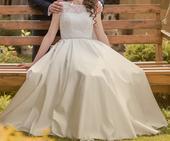 Jednoduché svadobné šaty S/M, 36