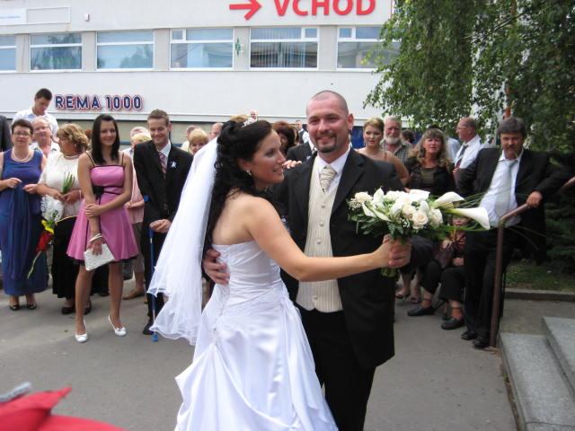 Petra{{_AND_}}Majo Bakicovci - uplne prvy manzelsky :)