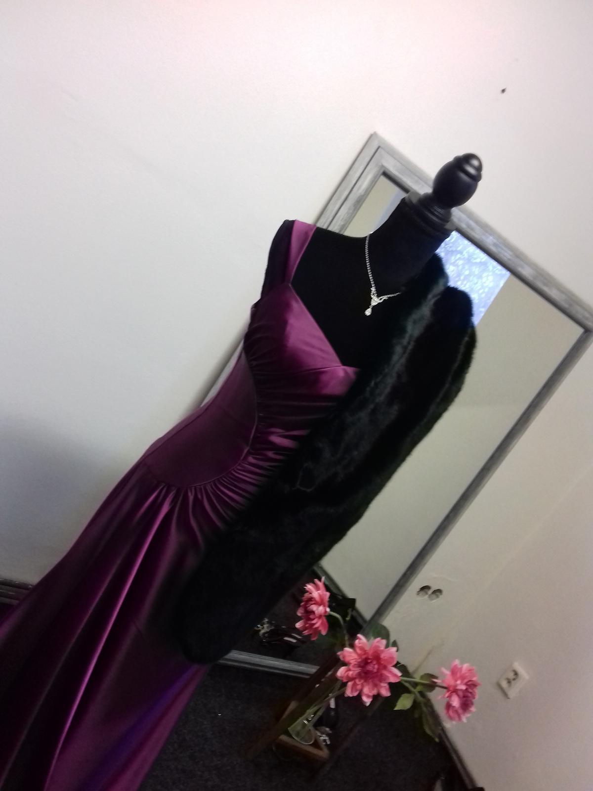 Společenské šaty - Obrázek č. 11