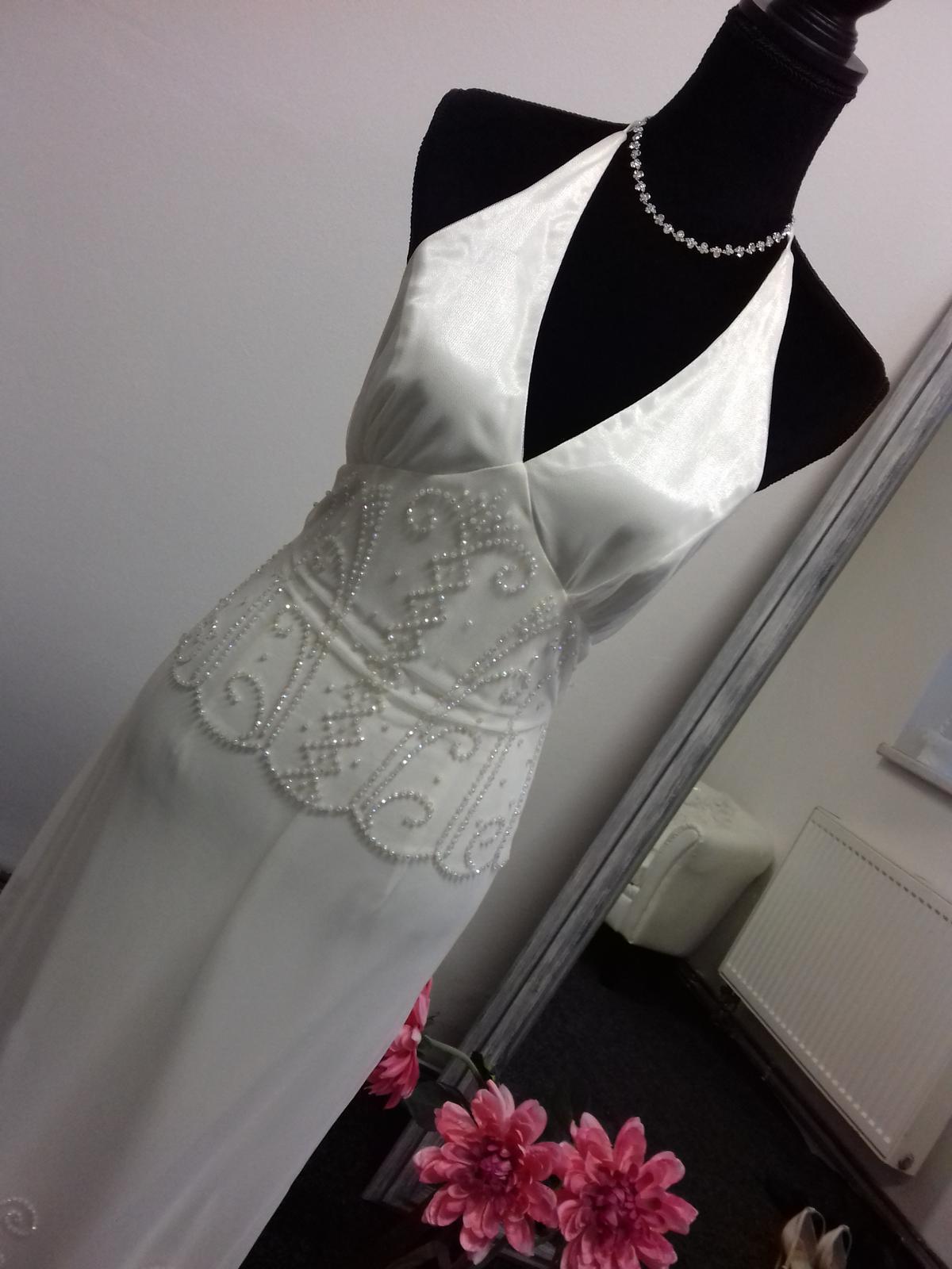 Společenské šaty - Obrázek č. 17