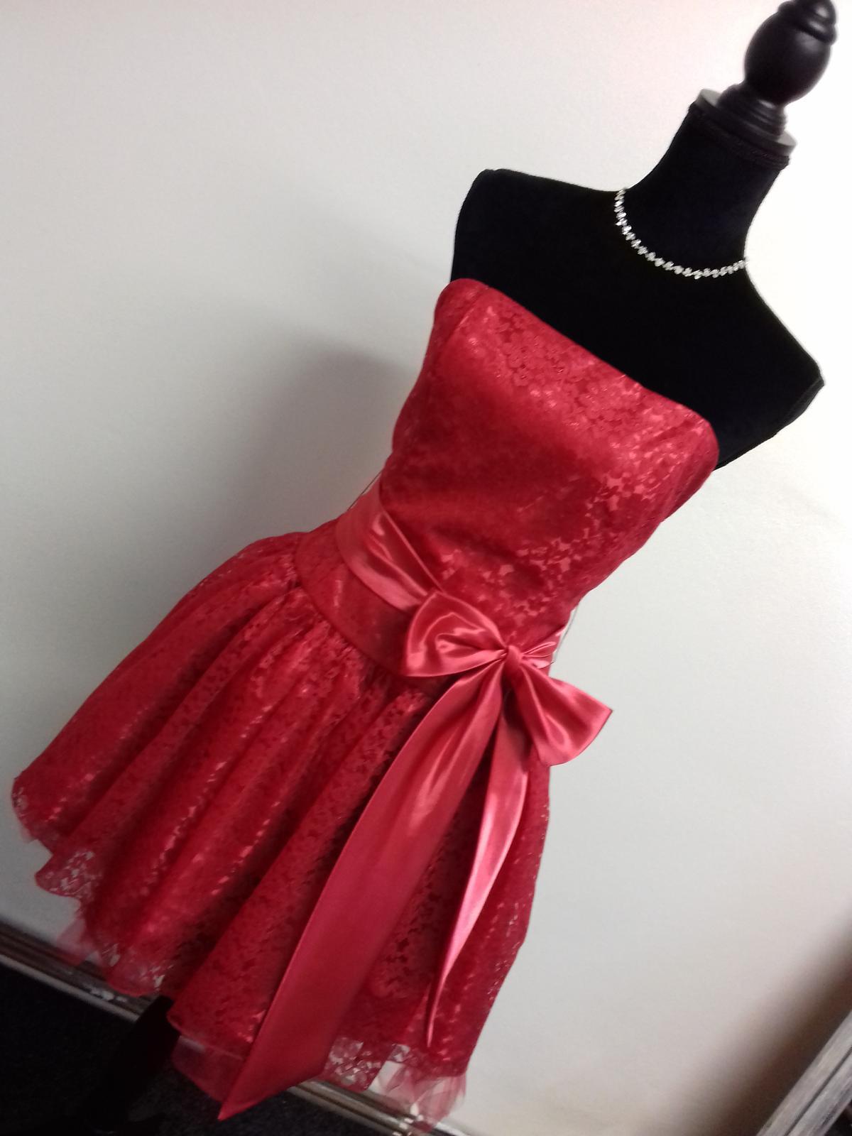 Společenské šaty - Obrázek č. 18