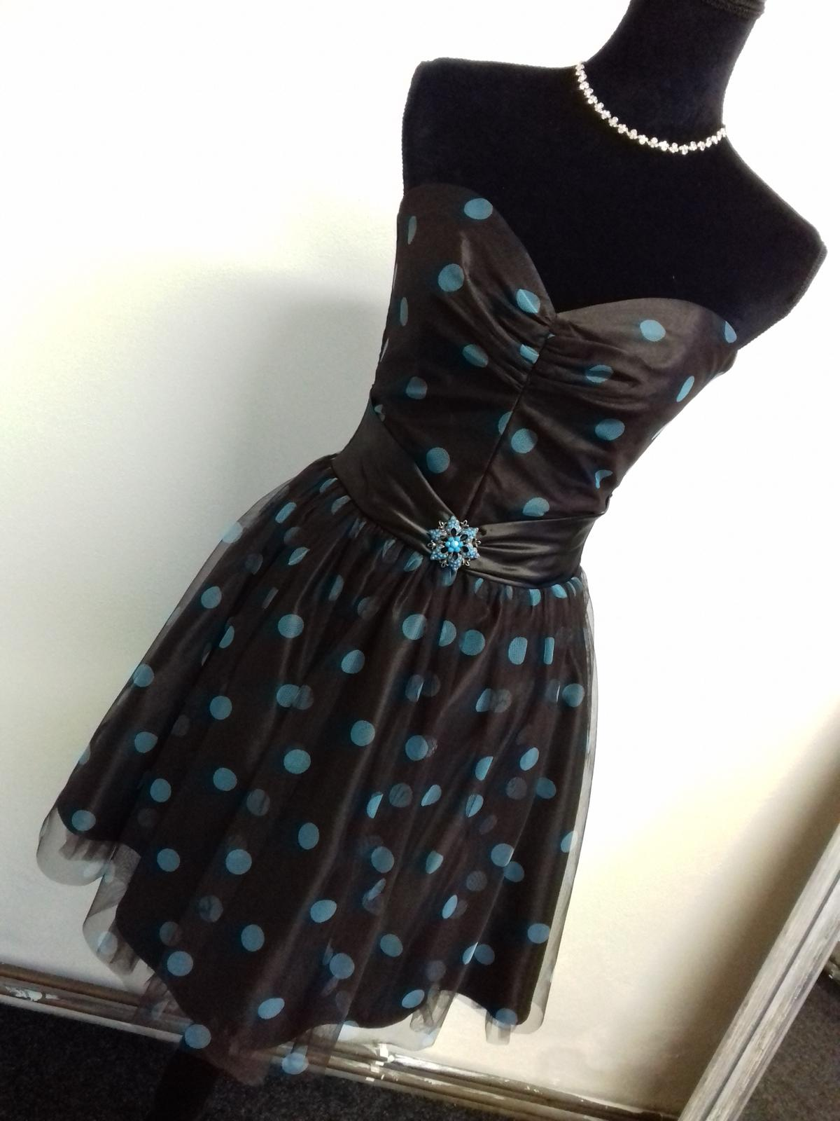 Společenské šaty - Obrázek č. 21