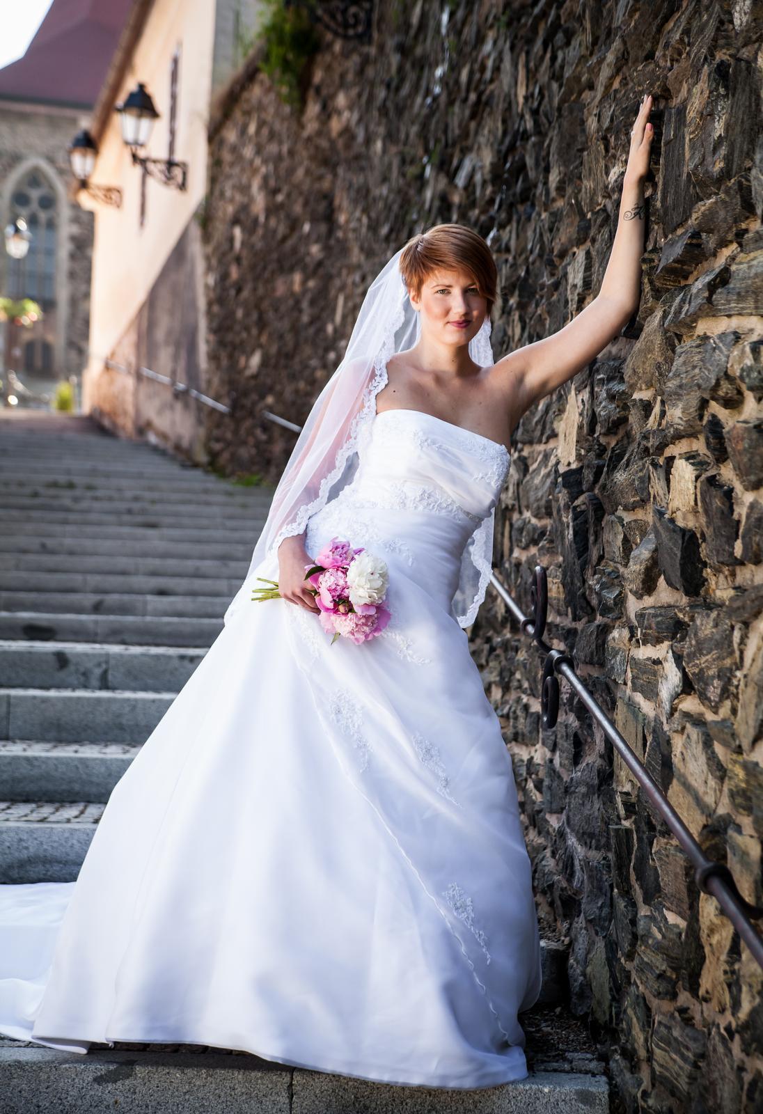 Půjčím svatební šaty - Obrázek č. 1