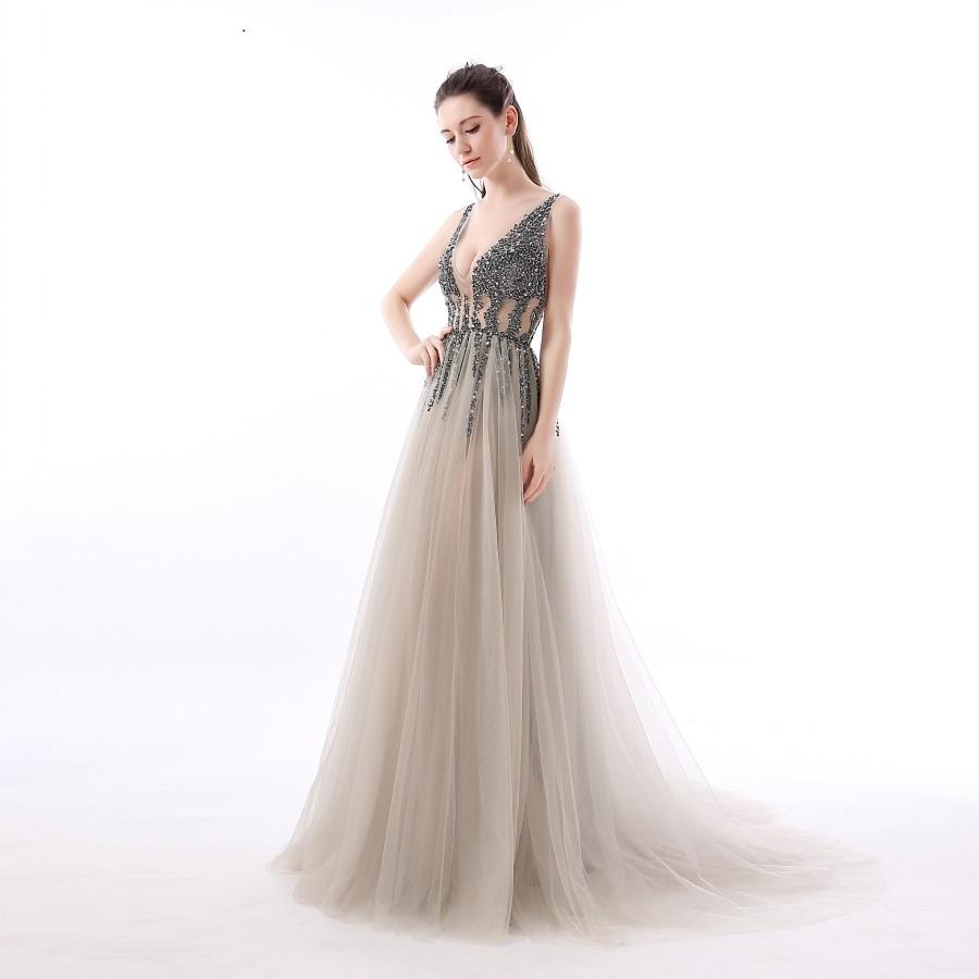 Půjčím luxusní plesové šaty vel.36 - Obrázek č. 1
