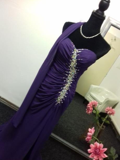Plesové šaty vel. S  - Obrázek č. 1