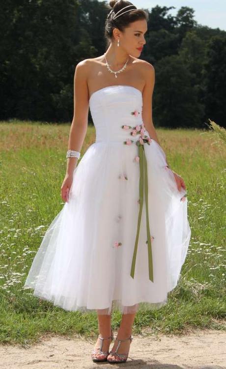 Svatební šaty nové vel.36 - Obrázek č. 1