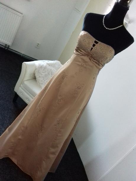 Společenské šaty vel. 38 - Obrázek č. 1