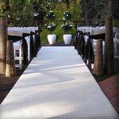 svatební  bílý koberec,