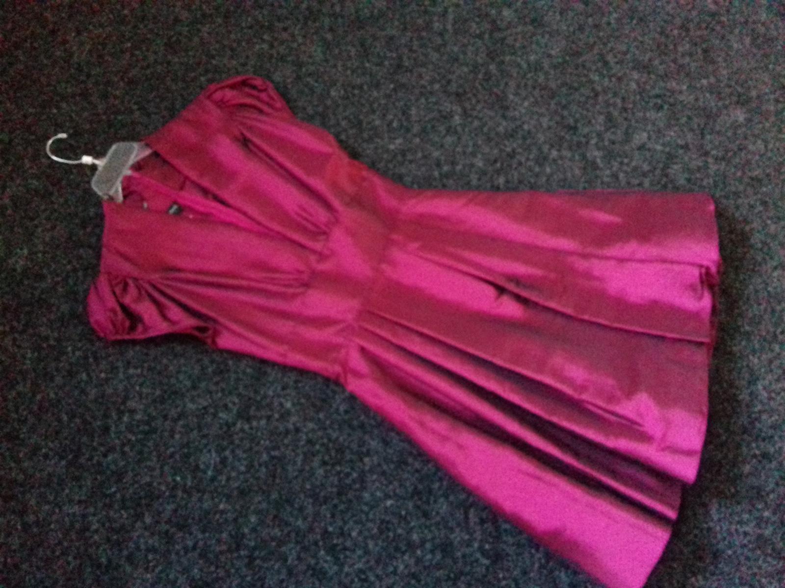 Společenské šaty vel. 42 - Obrázek č. 2