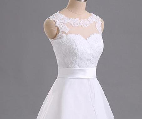 Svatební šaty vel.38 - Obrázek č. 1