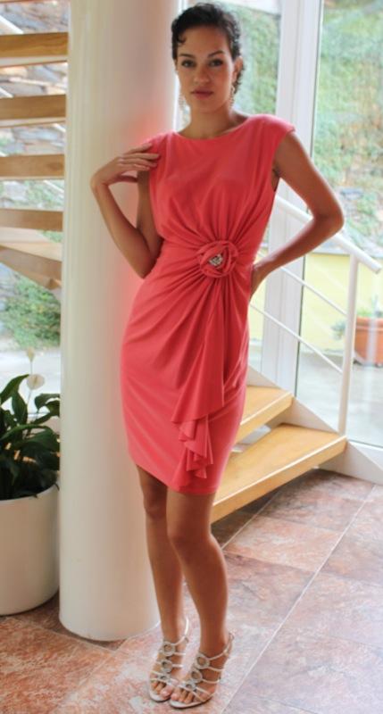 Luxusní šaty s broží vel. 40-42 - Obrázek č. 1