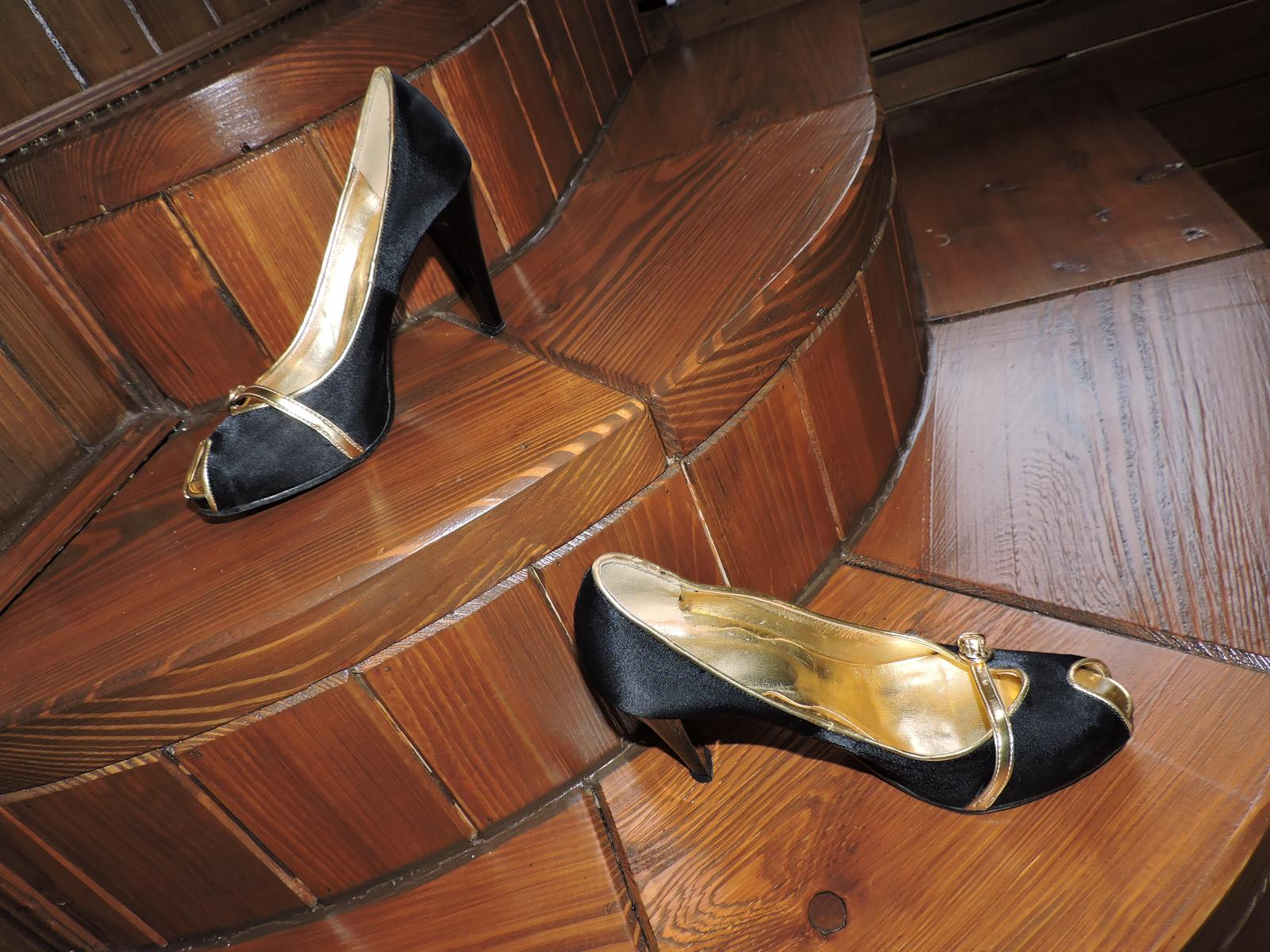 topánkys otvorenou špičkou top stav - Obrázok č. 1
