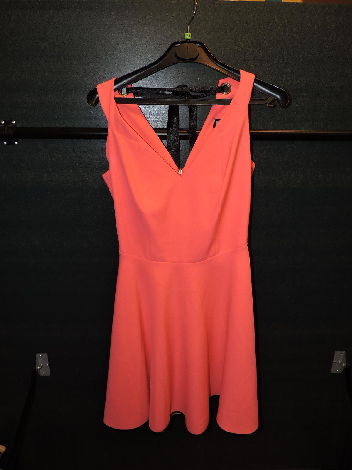 lososovo- rožovo neonove šaty - Obrázok č. 3