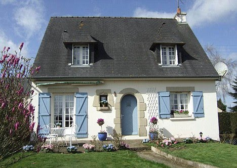 Domček v záhrade - Tiez pekna stavba :)