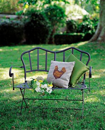 Domček v záhrade - Sliepocka - jeden z najkrajsich motivov na zahradku :)